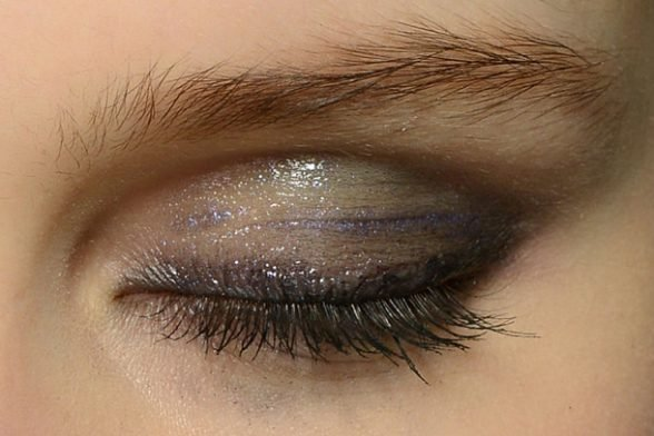 The latest 'it' eyeshadow is already in your make up bag