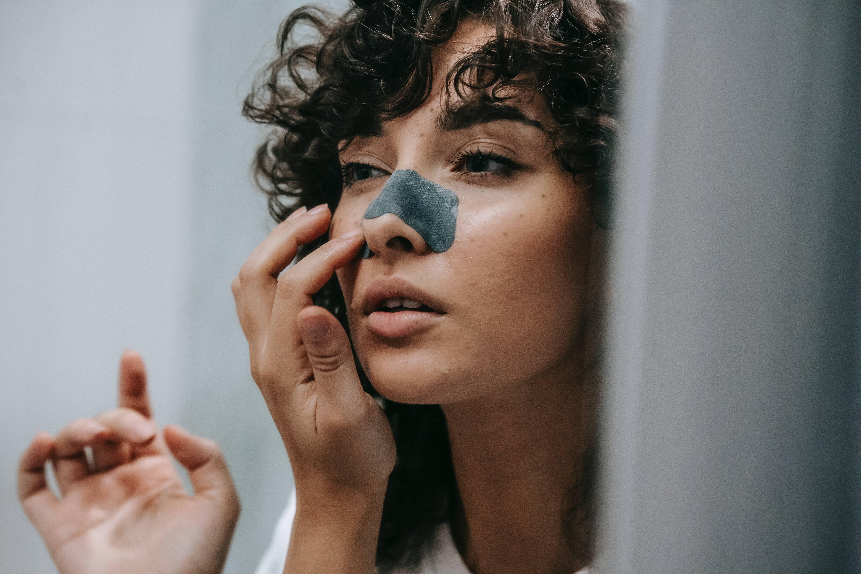Skin Tips : Comment éliminer les points noirs ?