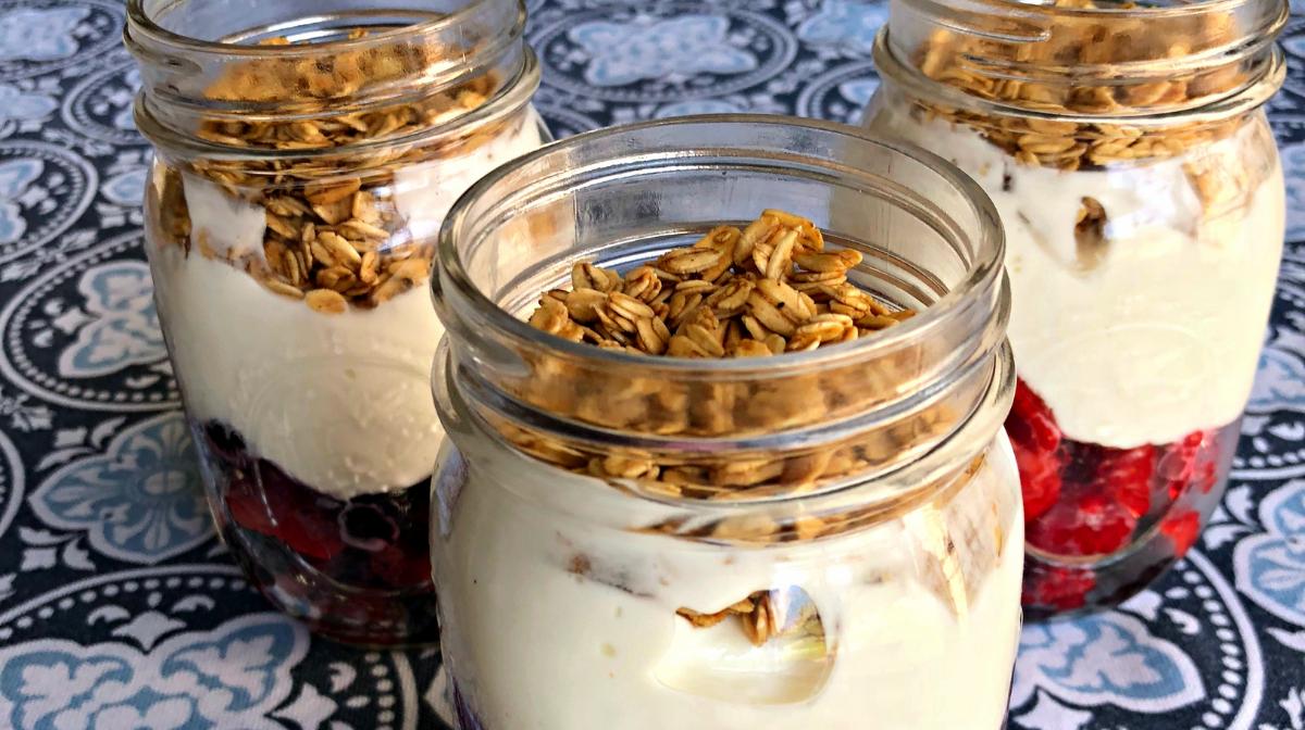 Make-Ahead Greek Yogurt Parfait