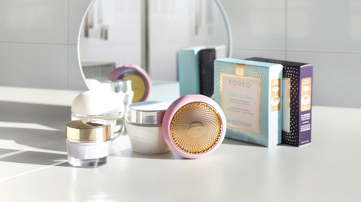 Recreate the perfect spa experience at home with FOREO UFO Smart Mask