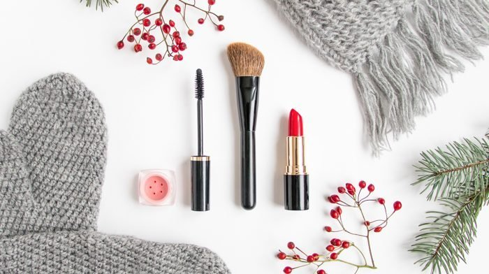 How To Apply Makeup The Expert Way: A Step By Step Guide For Your Makeup Routine