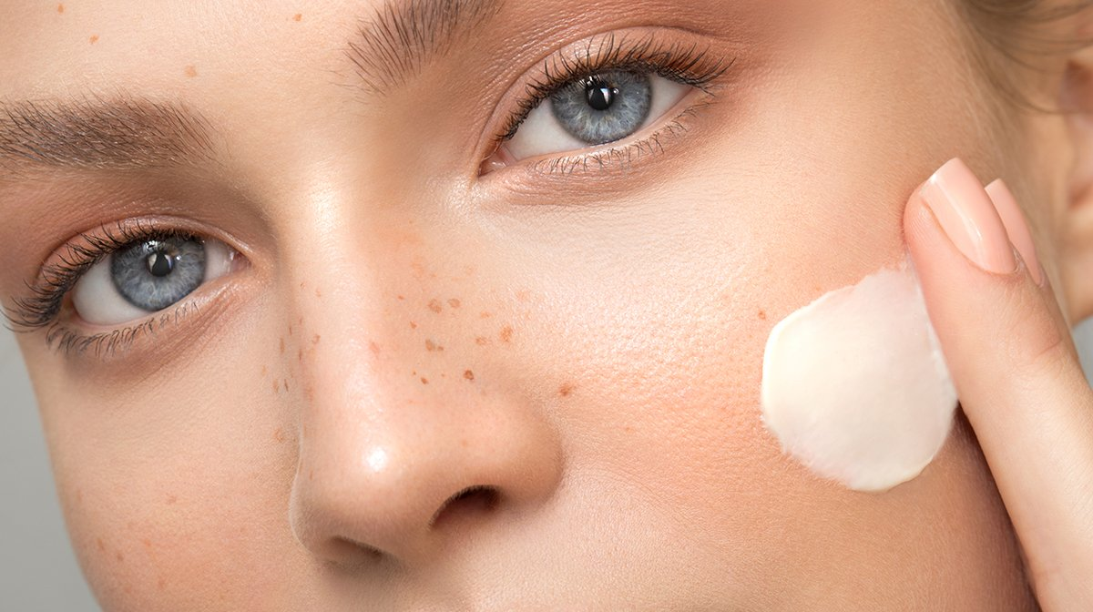How To Prevent Dry Skin On Your Face