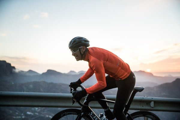 The 5 Best Winter Cycling Jackets to keep you on your Bike this Season