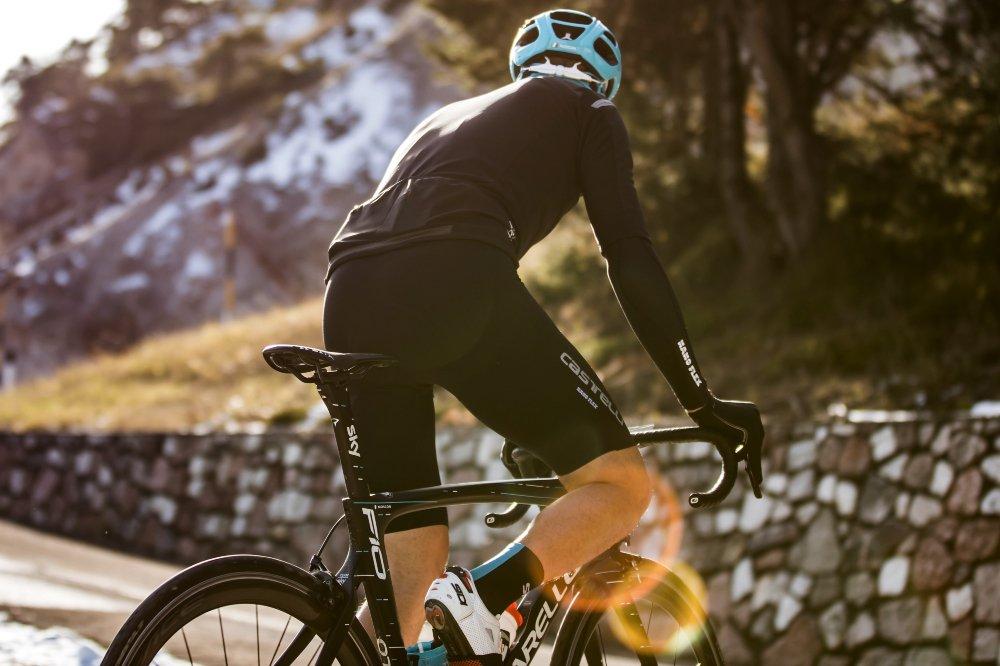 Man cycling, wearing a Castelli 2019 Nano Flex winter shorts