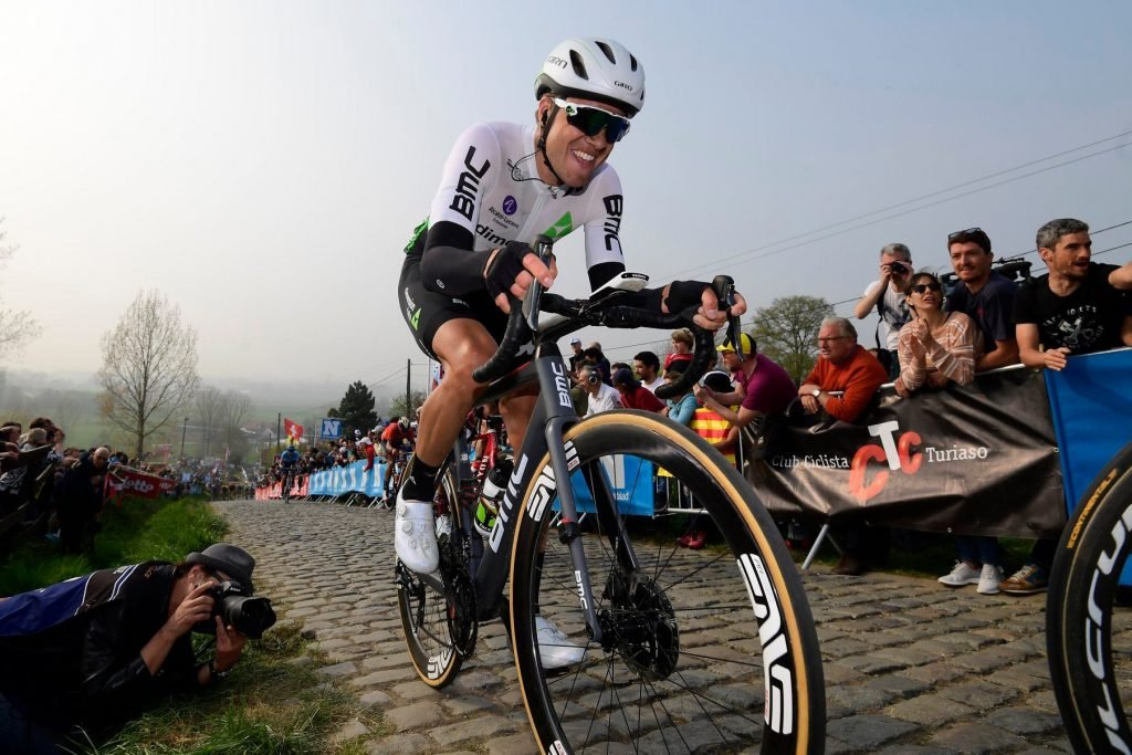 Rider tackling cobbles at the Tour of Flanders