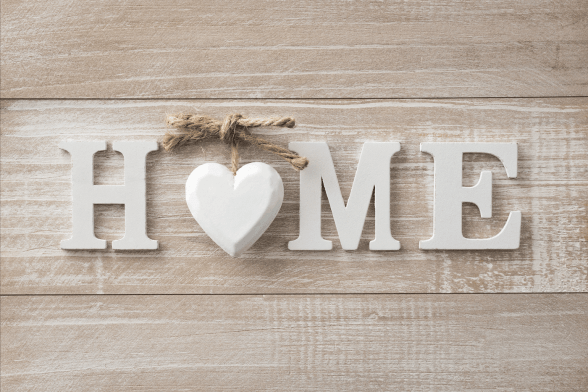 Stylish Home Gifts & Housewarming Gift Ideas That Everyone Will Appreciate