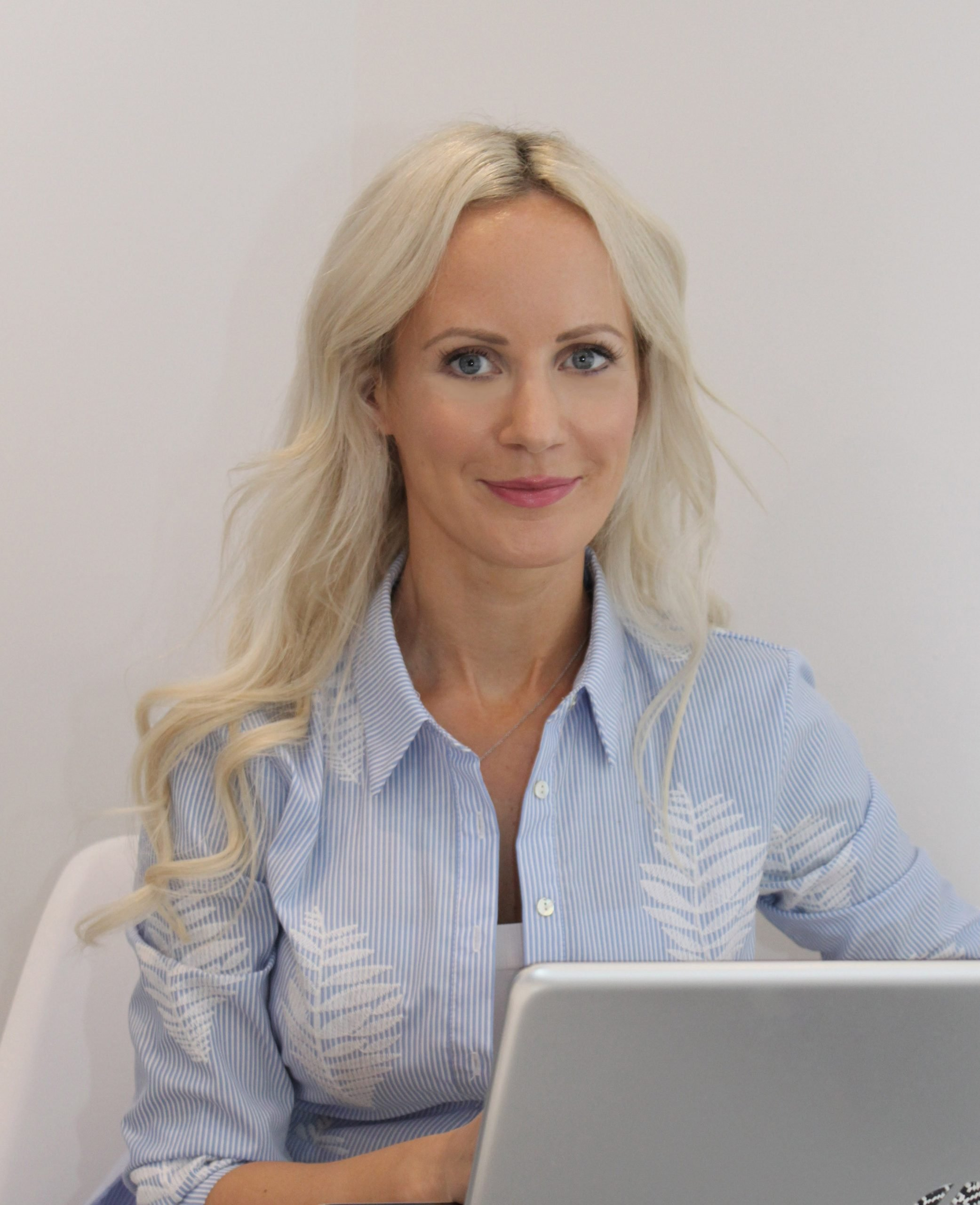 Sanna Atherton - Registered Nutritionist, MBA, mBANT, mCNHC