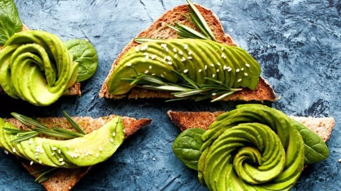 Κετογονική δίαιτα & δίαιτα χαμηλών υδατανθράκων: ποια η διαφορά;