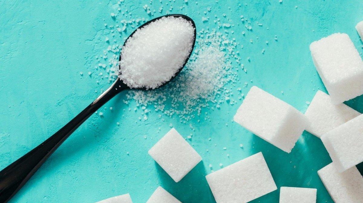 Σταματώντας την επεξεργασμένη ζάχαρη και τα γλυκαντικά