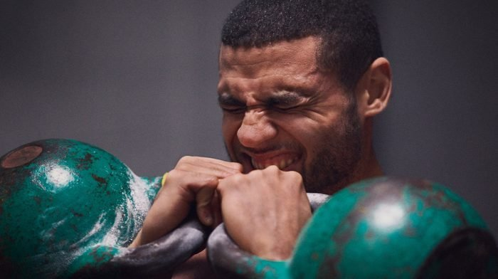 Πώς ο Zack George Έγινε Εθνικός Πρωταθλητής Functional Training | Forever Fit