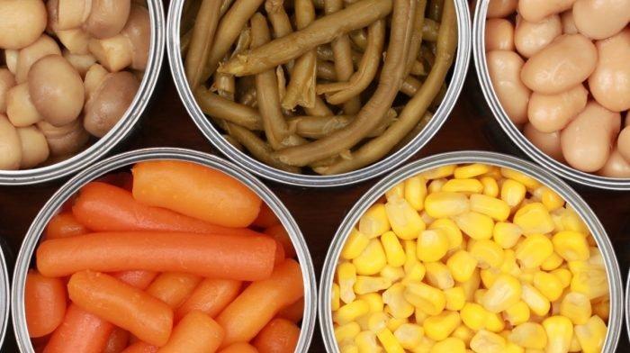 10 θρεπτικά κονσερβοποιημένα τρόφιμα