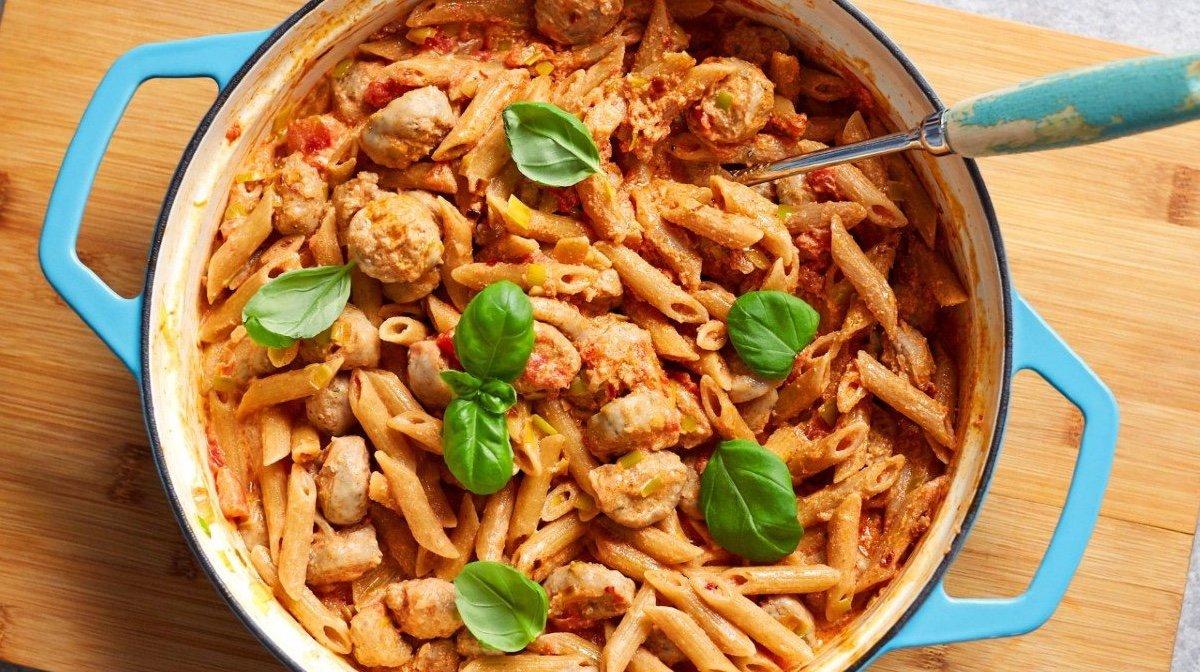 Υγιεινές συνταγές ζυμαρικών | Γεύμα ζυμαρικών με άπαχο, κρεμώδες λουκάνικο