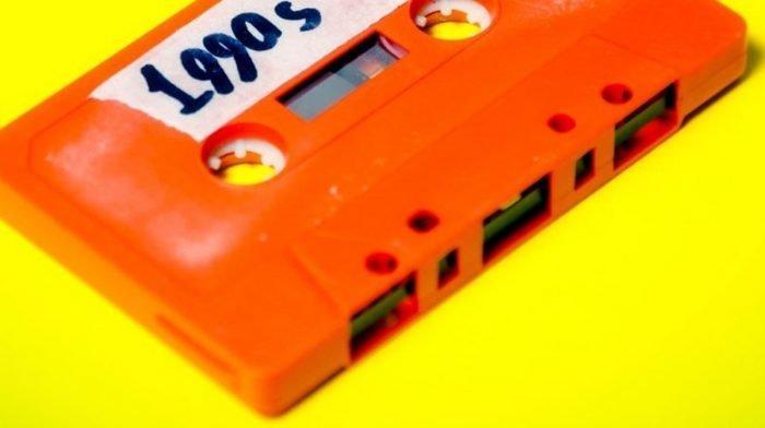 Οι μόδες των '90s, η επιστροφή που αγαπάμε και μισούμε