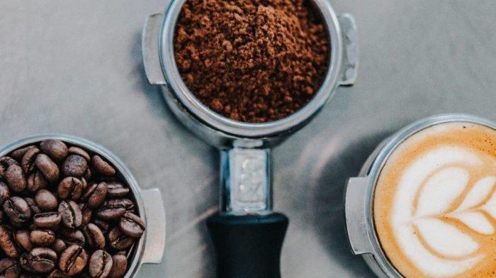 Ποια είναι τα οφέλη της καφεΐνης; Τα οφέλη στην απόδοση αξίζουν ή όχι;