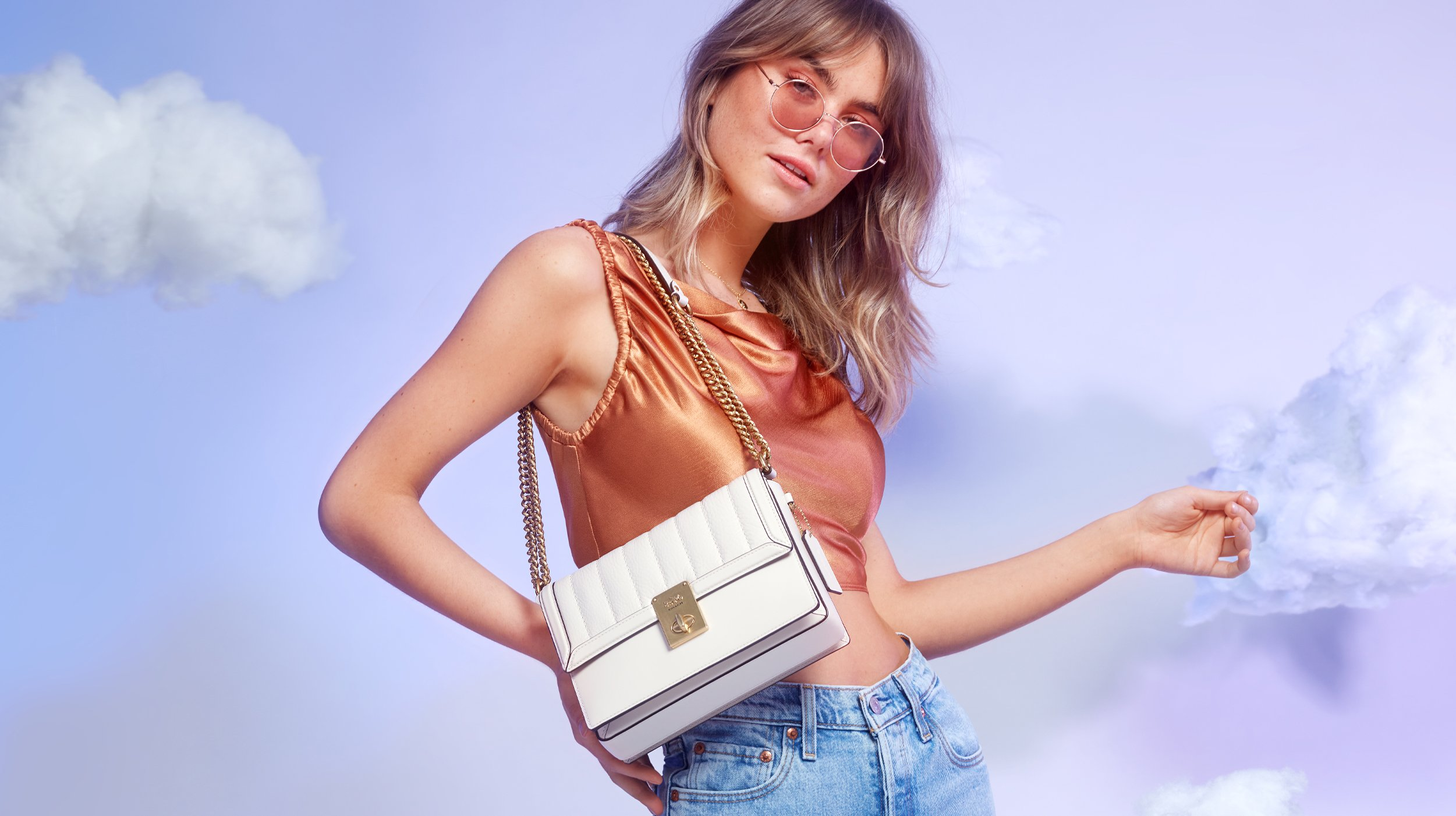 The Top 5 Minimalist Handbags For Understated Style