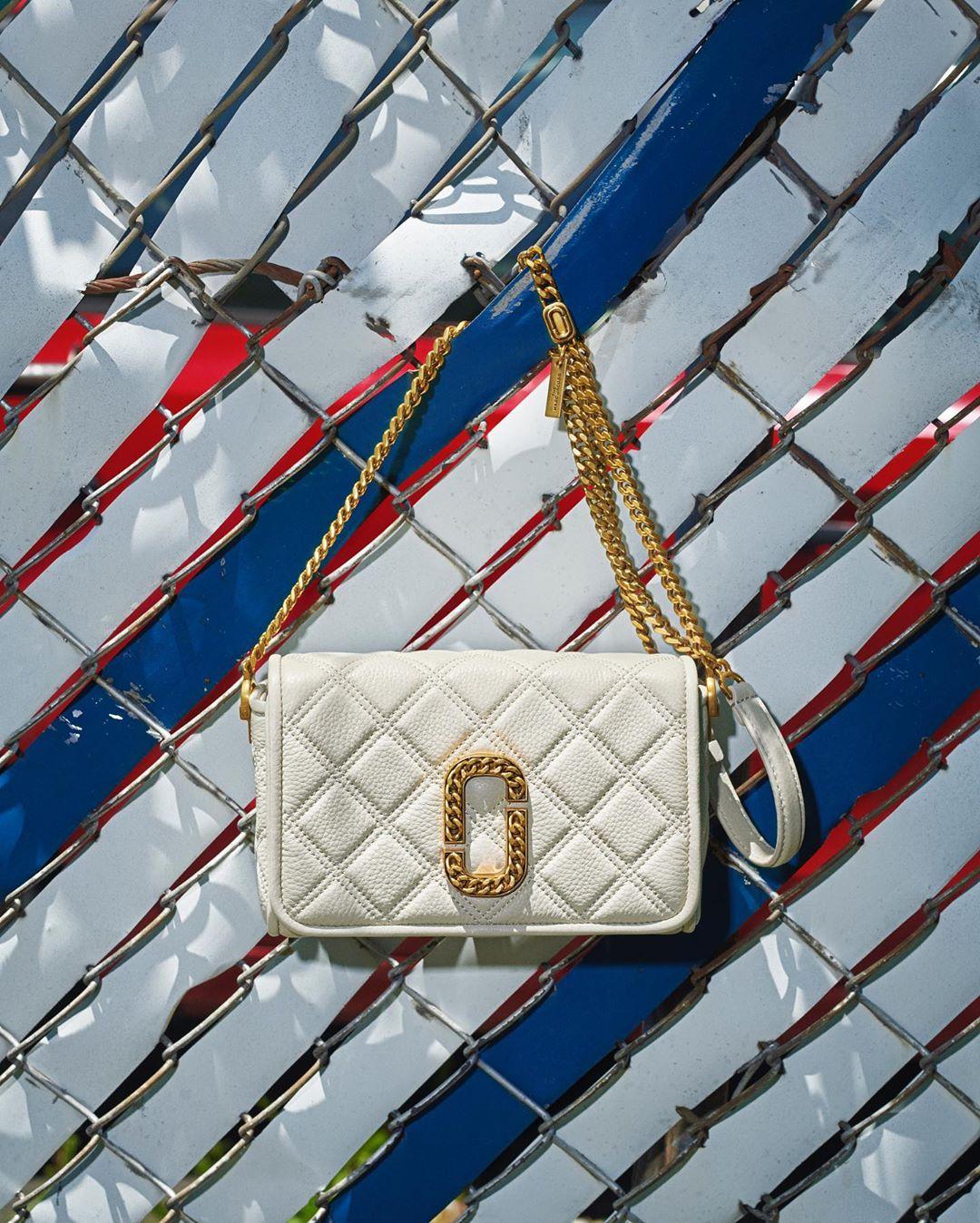 @marcjacobs chain strap handbag