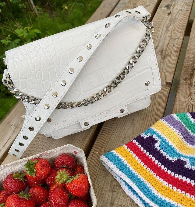 Nunoo Chain bag