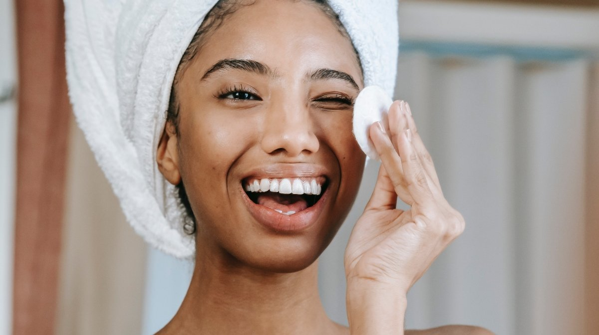 What is Micellar Water and Does it Really Work?