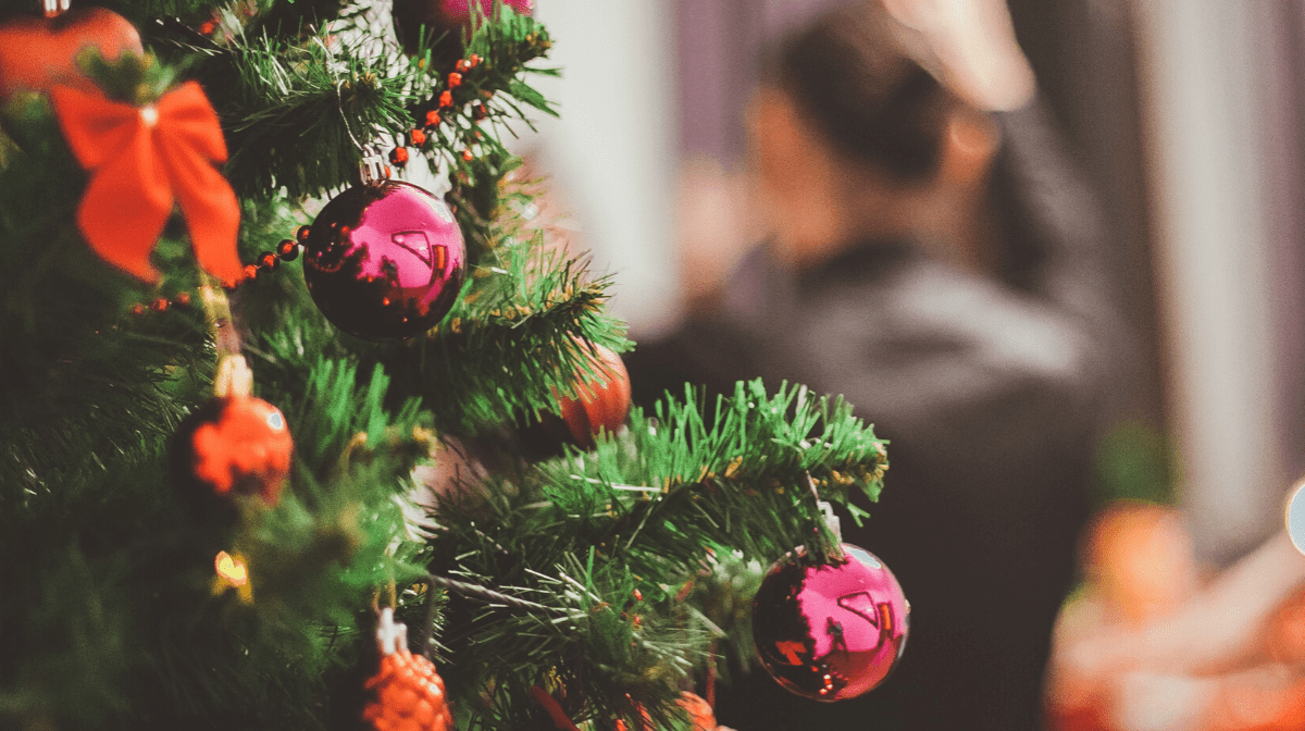 Navigating the Holidays without Sabotaging your Goals