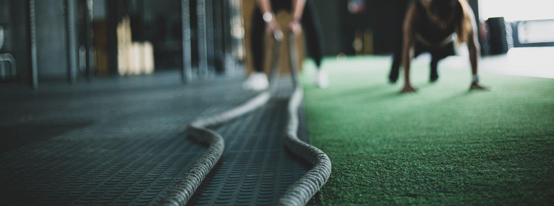 Dezvoltă masa musculară și slăbește în același timp
