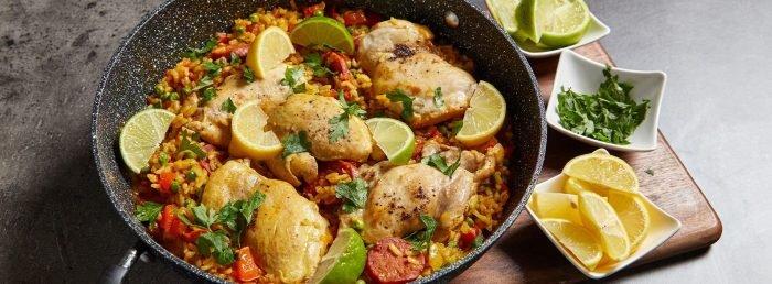 Paella cu pui & chorizo - Myprotein Blog