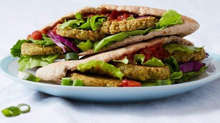 15 minutters vegansk opskrift   Falafel doner kebab