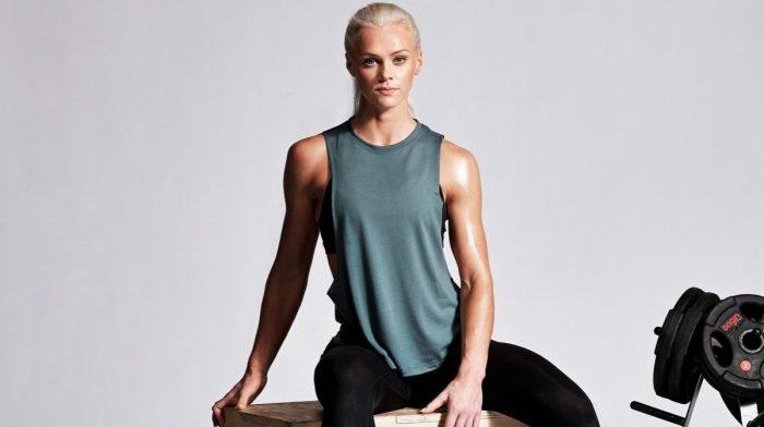 Full body træning uden redskaber som holder pulsen oppe