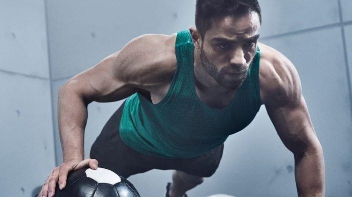 Brysttræning derhjemme | TJ Gordons brysttræning for muskelmasse