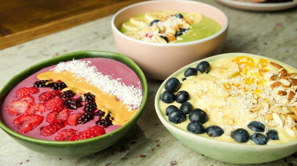 Vitaminrige smoothie bowls på 3 måder | Protein morgenmad