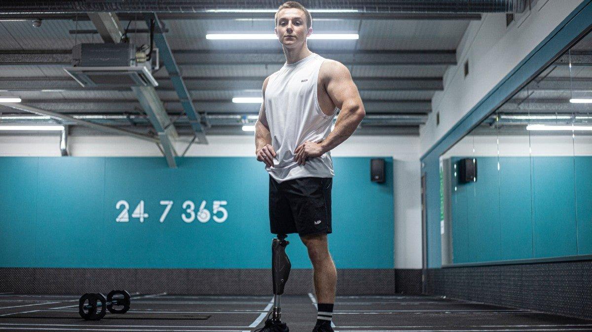 Et amputeret ben lod ikke livet holde ham tilbage fra sin drømmekarriere   Everyday Athletes