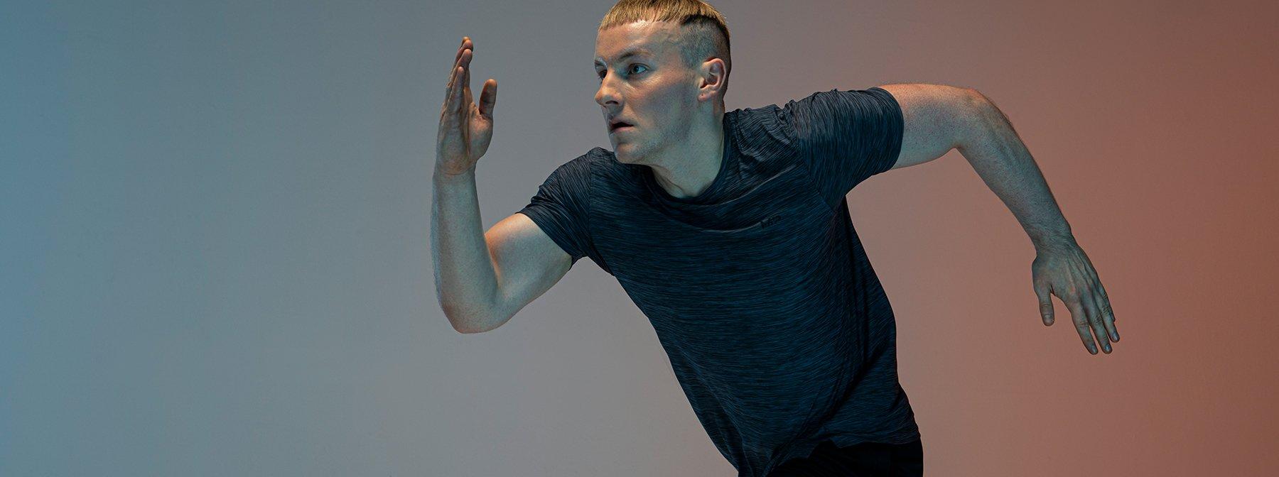 Он преодолел тревожность с помощью фитнеса | История Райана
