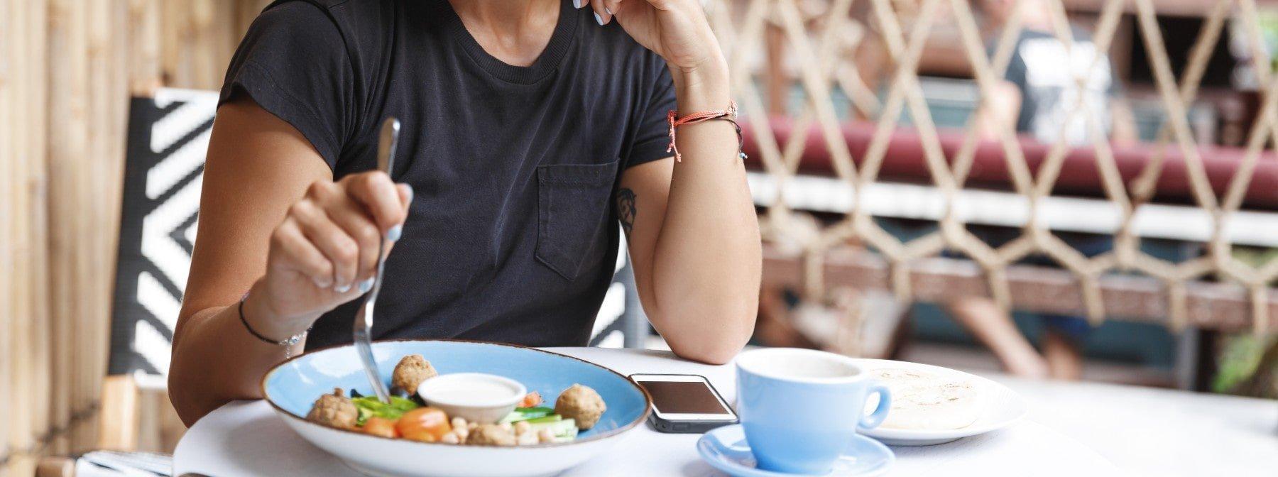 Сколько калорий нужно женщинам?