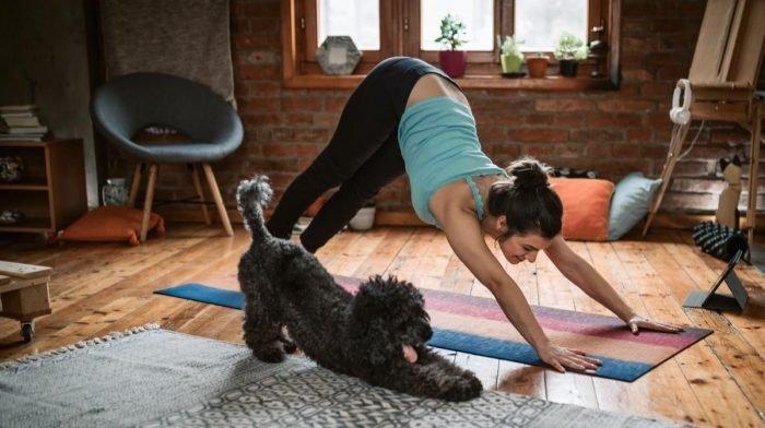 10 лесни и приятни йога упражнения за начинаещи