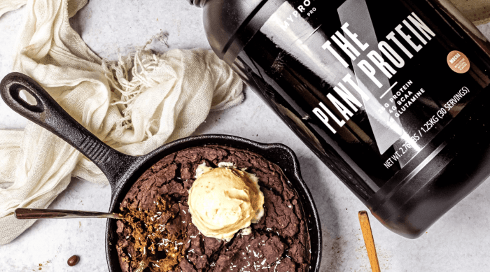 Fudgey Skillet Black Bean Brownie