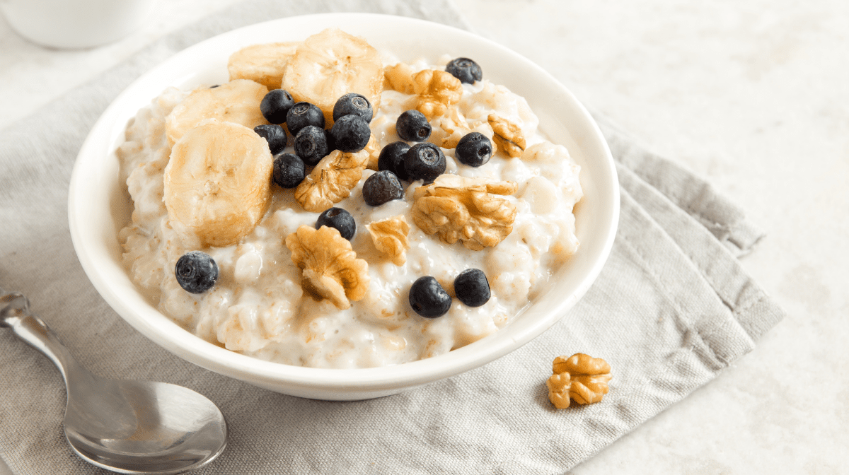 オートミールの代表的な食べ方|ポリッジ(ミルク粥)|マイプロテイン