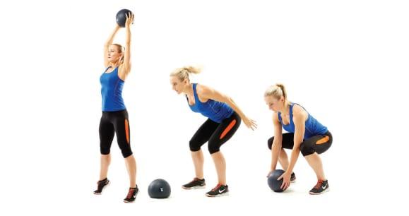 Miten tehdä vatsalihasliike kuntopallon heitto.