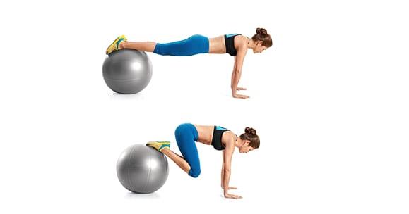 Parhaat vatsalihasliikkeet Miten tehdä linkkuveitsirutistus jumppapallolla