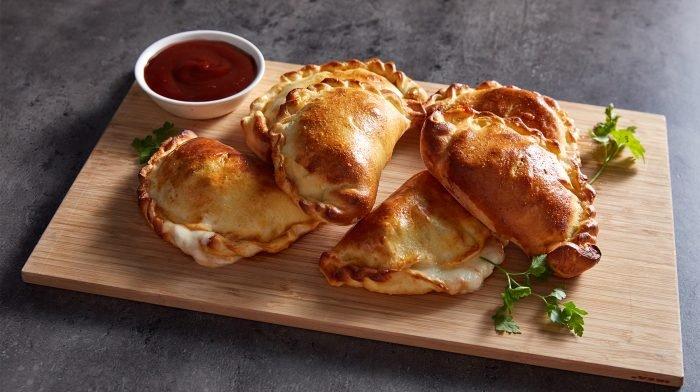 BBQ-kana calzone