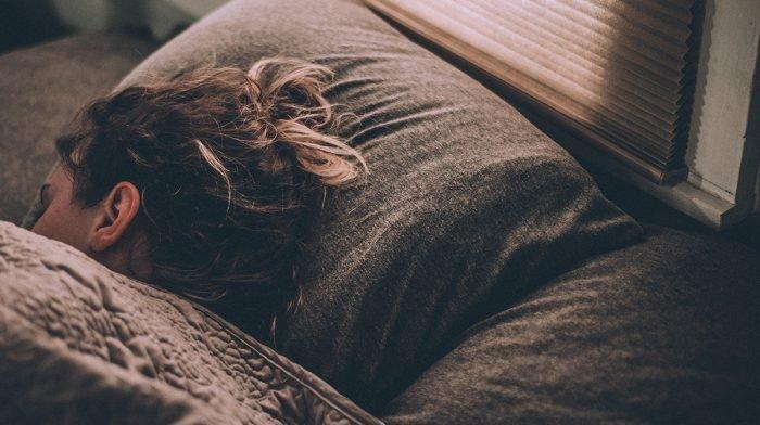 5 vinkkiä nopeaan nukahtamiseen