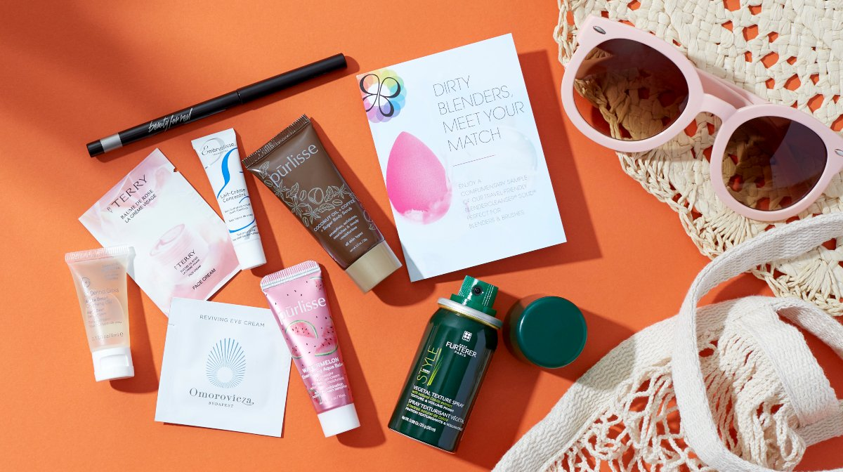 Grab Your Last Beauty Bag Of the Summer