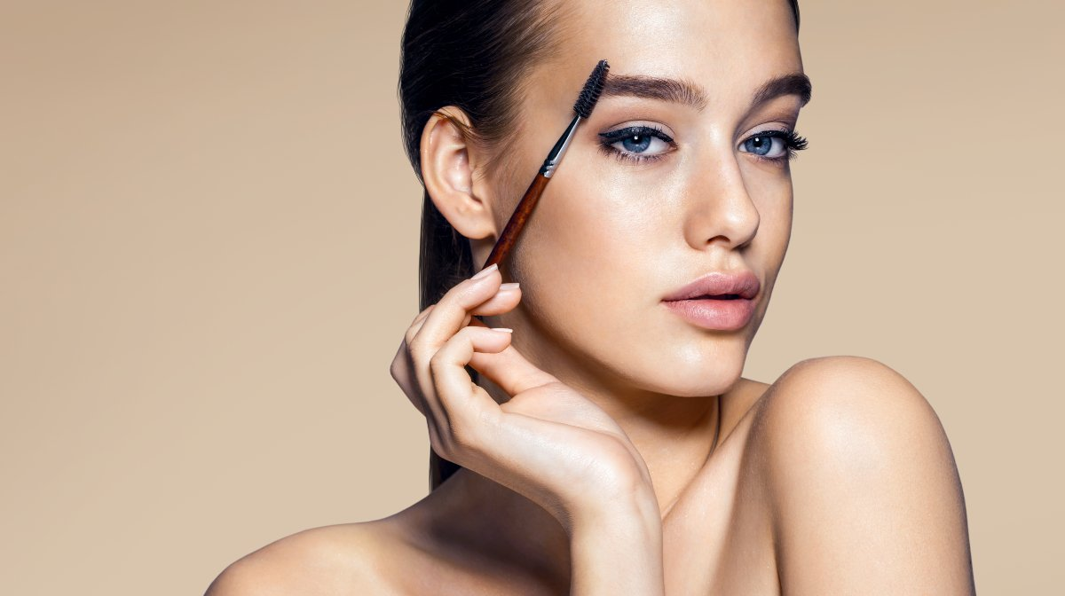 Gift Guide 101: The Makeup Artist