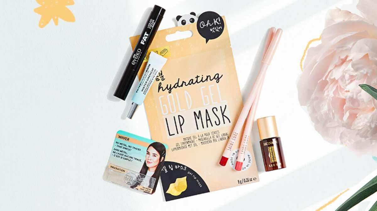 Own Your Glow With This Month's Beauty Bag!