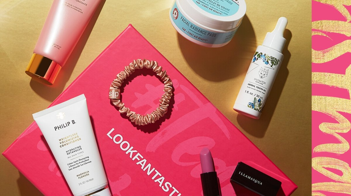 What's Inside Our LOOKFANTASTIC Limited Edition Beauty Box