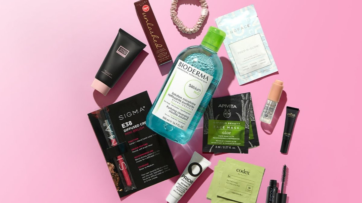 What's in Our March Beauty Bag