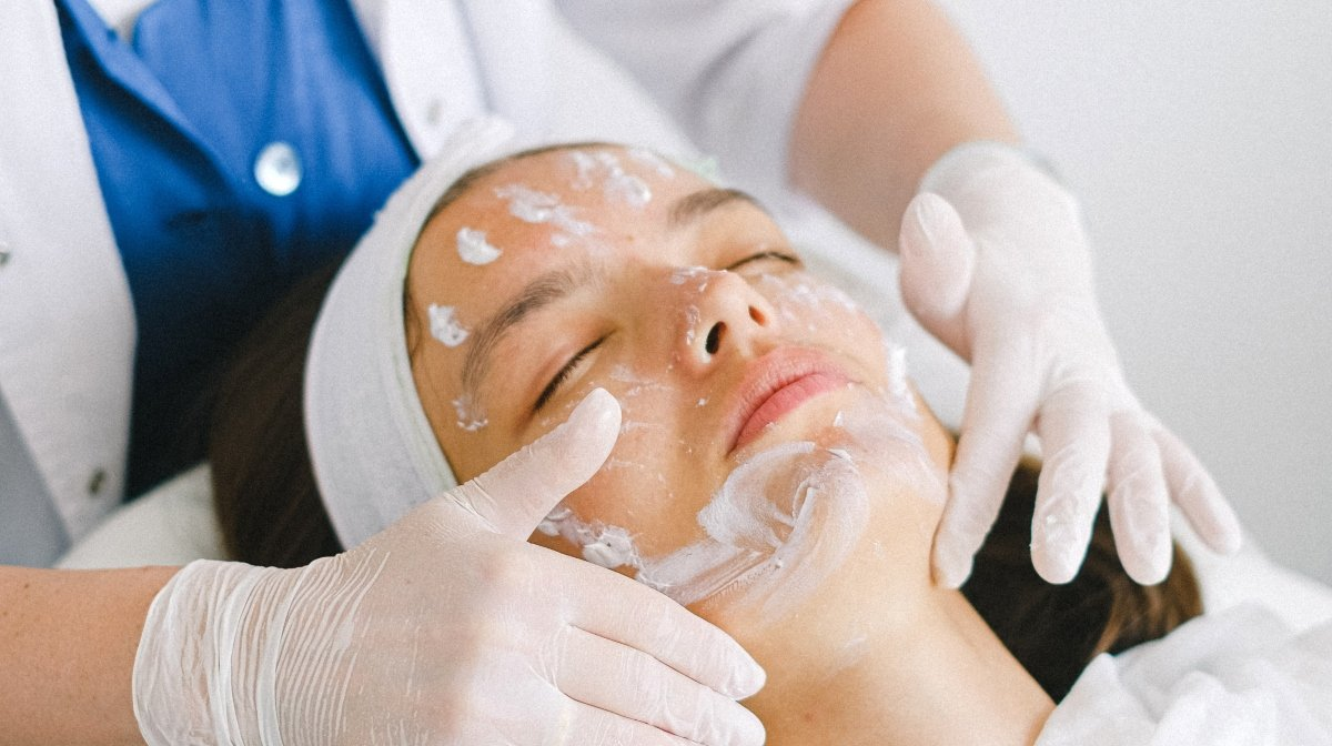 What Does A Facial Do?