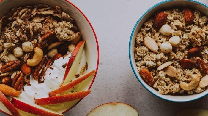 Fruits secs et noix pour la musculation et le sport