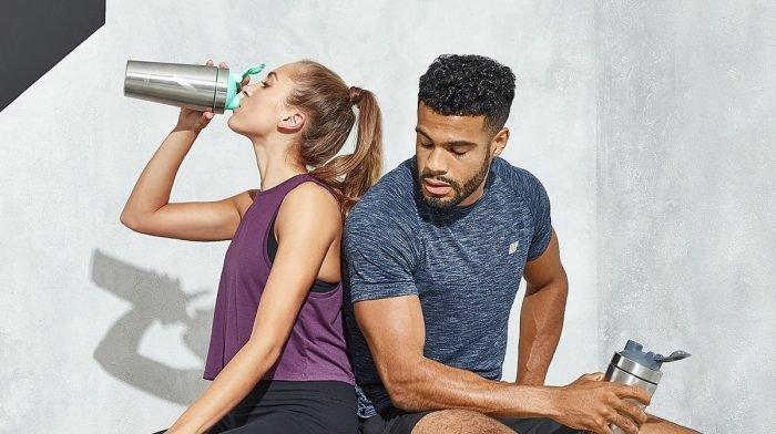 Protéines avant ou après l'entraînement ? | Shakers pré et post‐entraînement