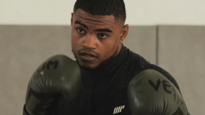 Etre combattant pro de MMA à 23 ans – Morgan Charrière alias «Luffy»