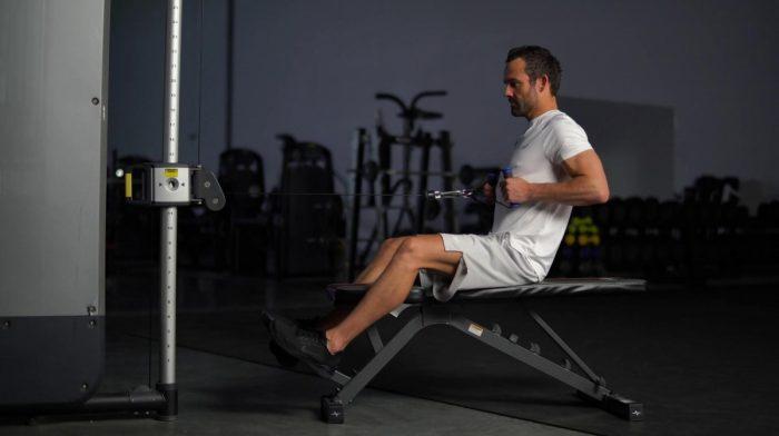 Tirage horizontal à la poulie : Exercice dos