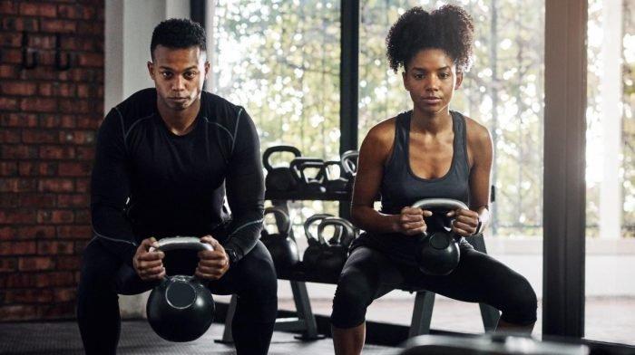 Les hommes et les femmes devraient-Ils s'entraîner différemment ?